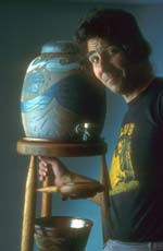 Artist Biography : Pottery Artist John Dodero, artist biography page of the website of Dodero Studio Ceramics